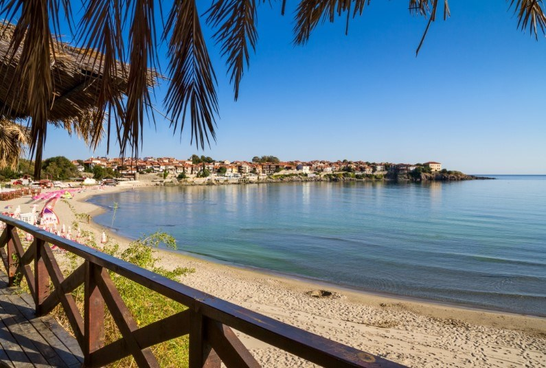 A Superb Beachfront Location, Save £100 Per Person