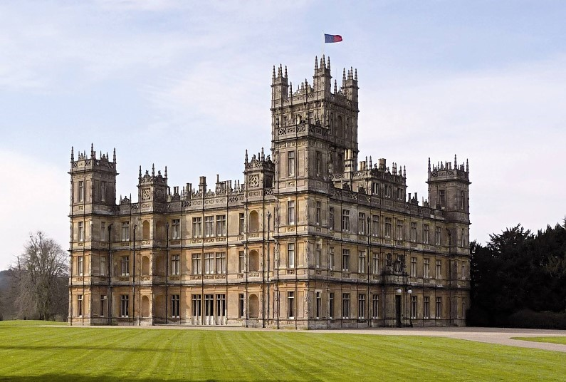 A fascinating visit to Highclere Castle.