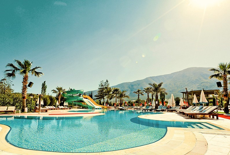 7-night sunshine holiday in Turkey
