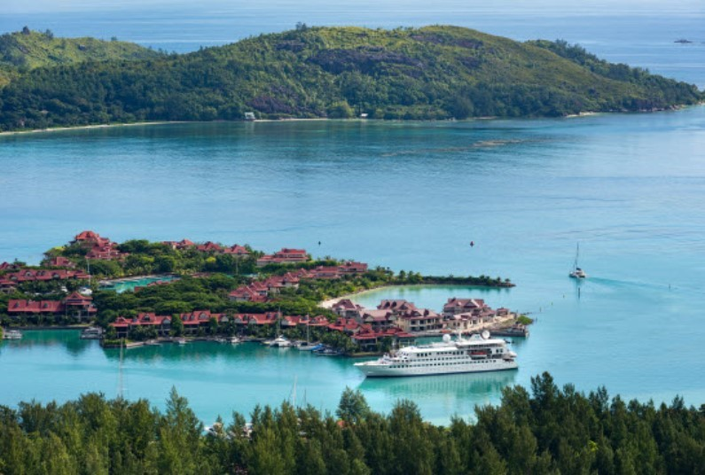 All Inclusive 10 night Seychelles & Indian Ocean Cruise