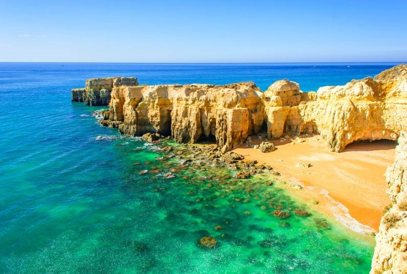 Summer Sunshine In Albufeira, 7 Nights Self Catering