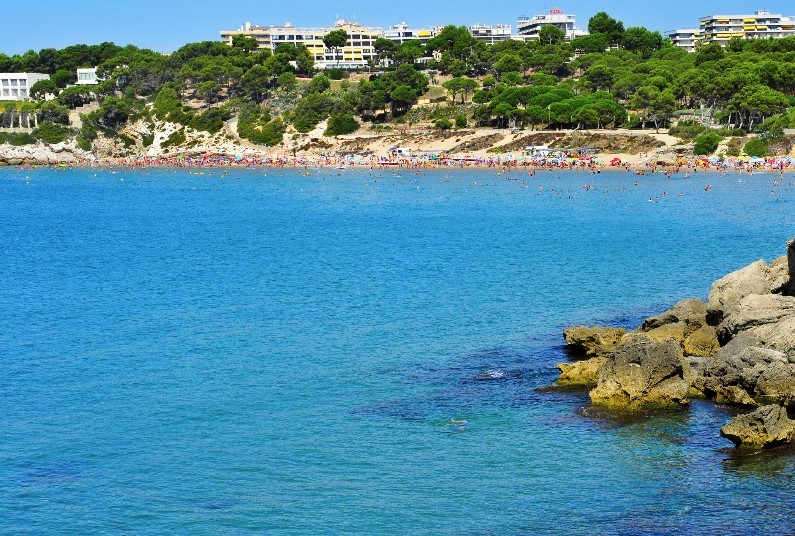Quiet Location Near Lively Salou, 4* Self Catering