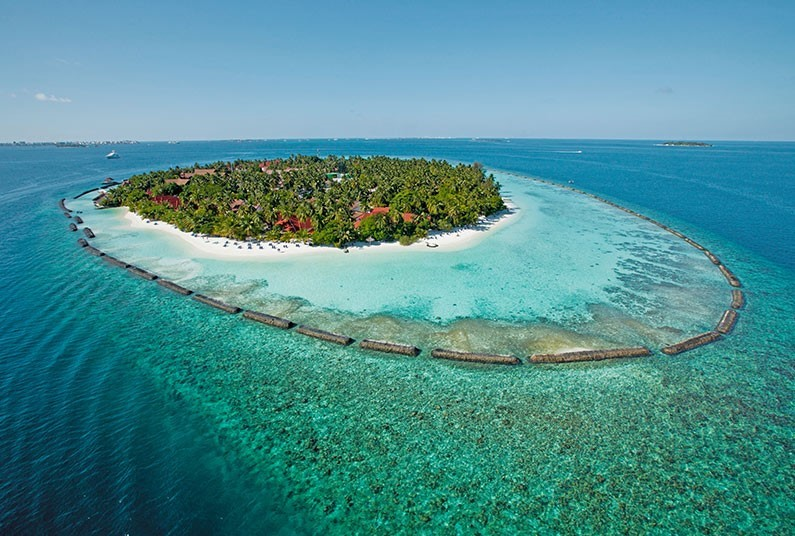 7 night luxury relaxation in the Maldives