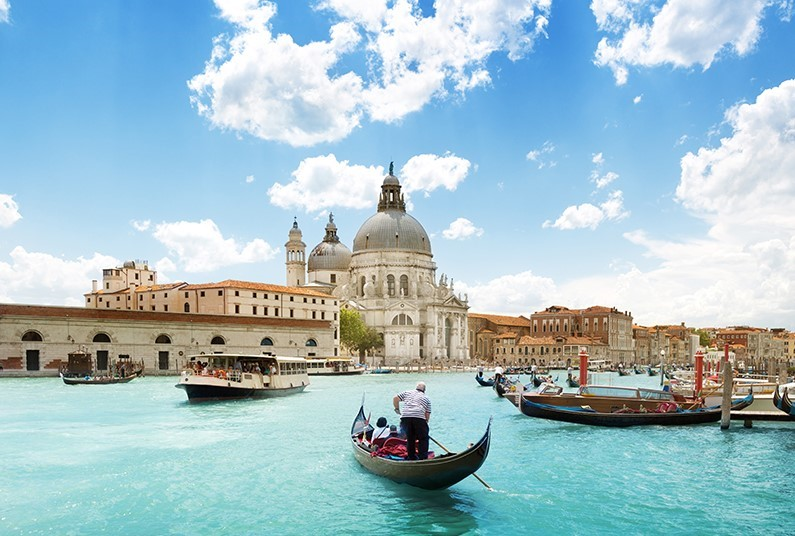 8 days tour of Venice, Verona & Lake Garda