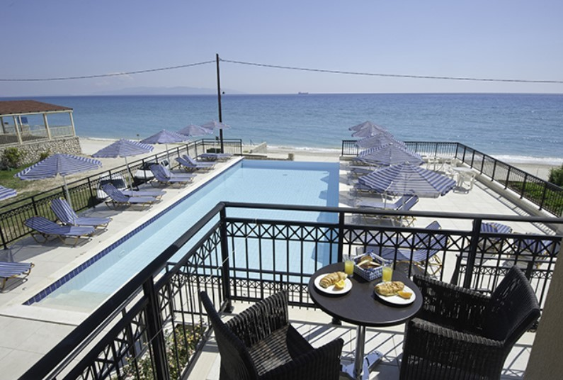 Save £100 on your 2020 Kefalonia holiday