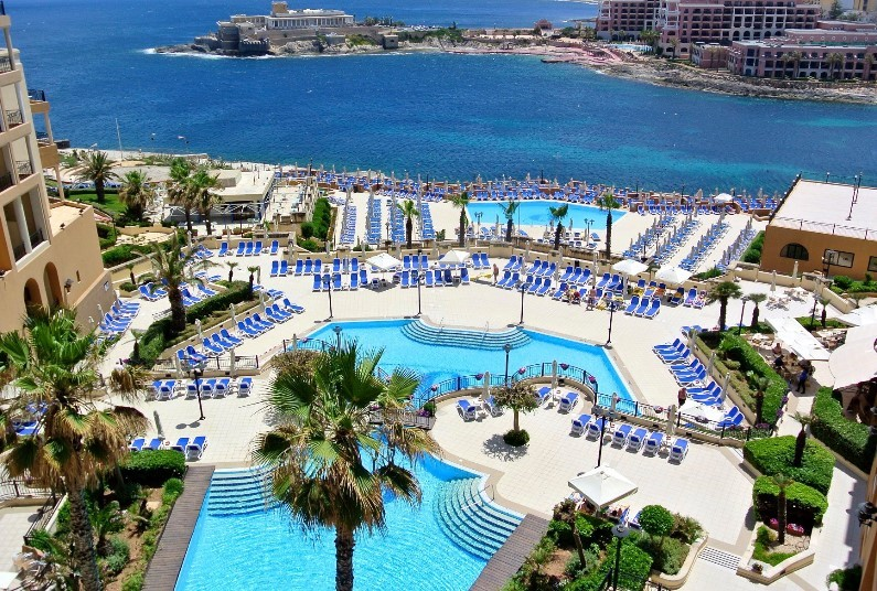 Malta Beach Break