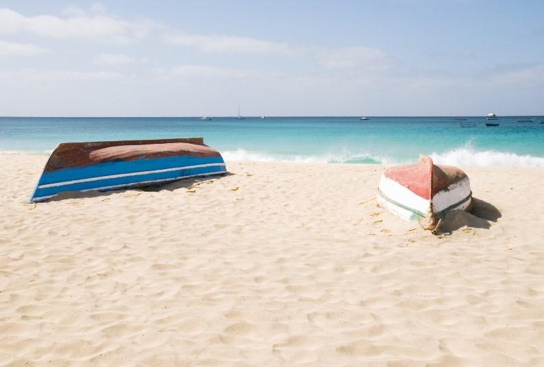 Idyllic Beachfront Location - UK Airport Lounge Included