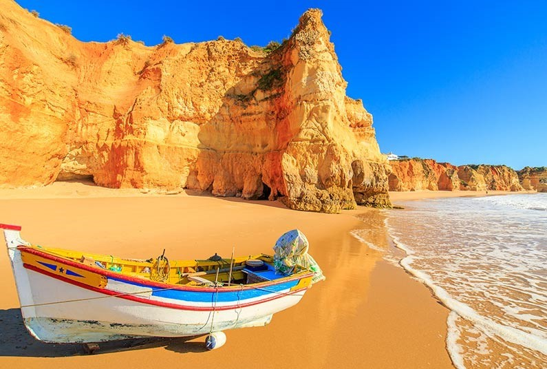 7 Night 4* trip to The Algarve