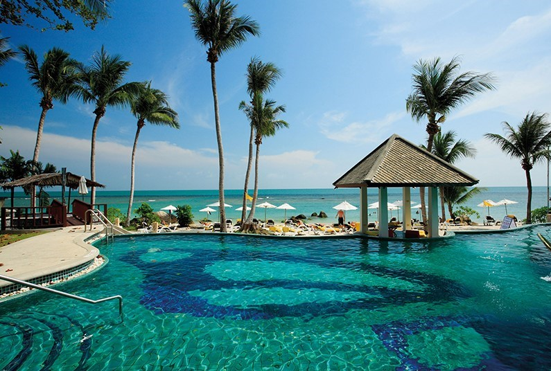 Feel the Sand Between Your Toes in Stunning Koh Samui