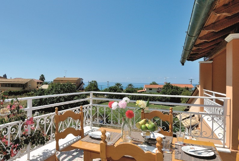 Save  up to £315 on your holiday to Fotini Apartments Corfu