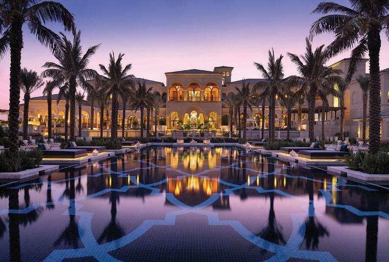 Luxury stay in Dubai