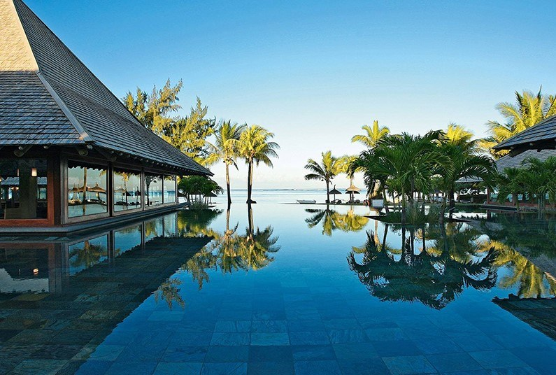 7 night luxury sunshine holiday in Mauritius