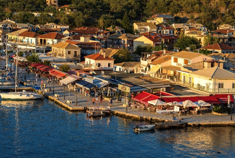 Save Up To £318 Per Person Off Your Greece Holiday