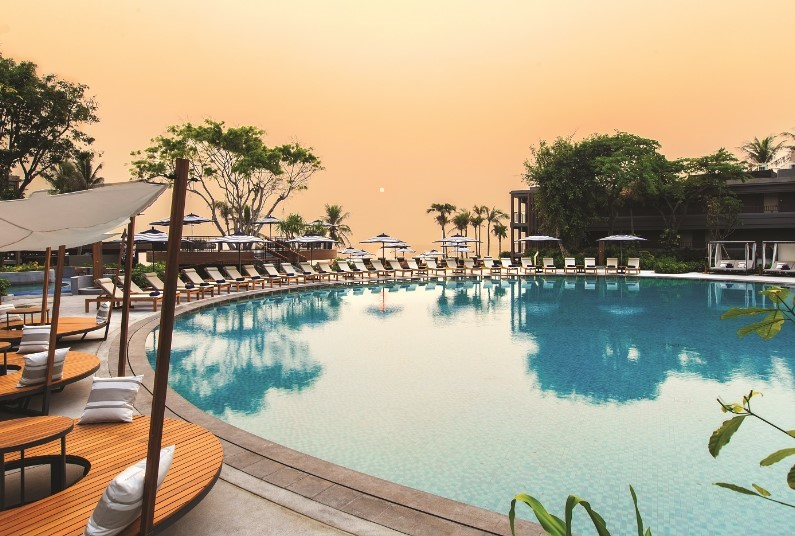 Luxury 8 nights in Thailand