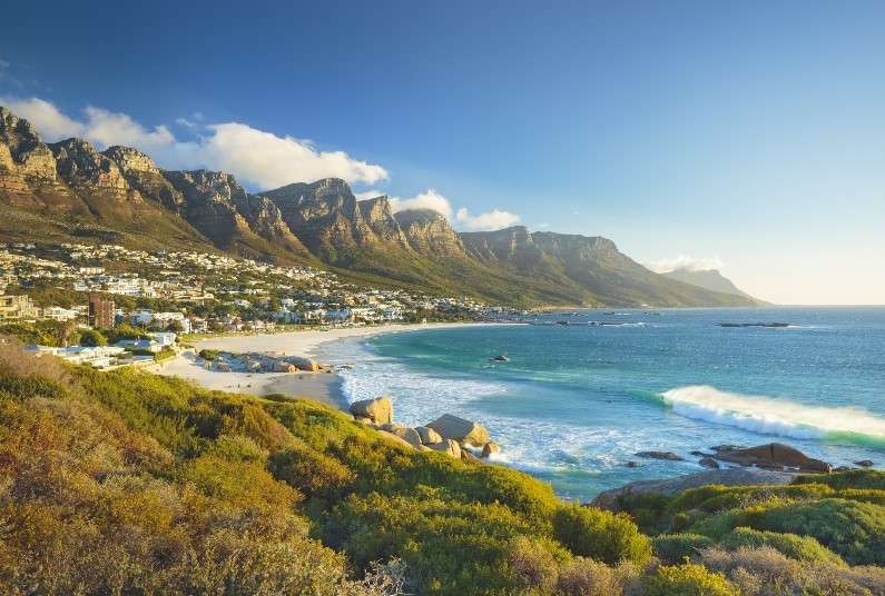 Self Catering, Camps Bay, SAVE up to £420 Per Person