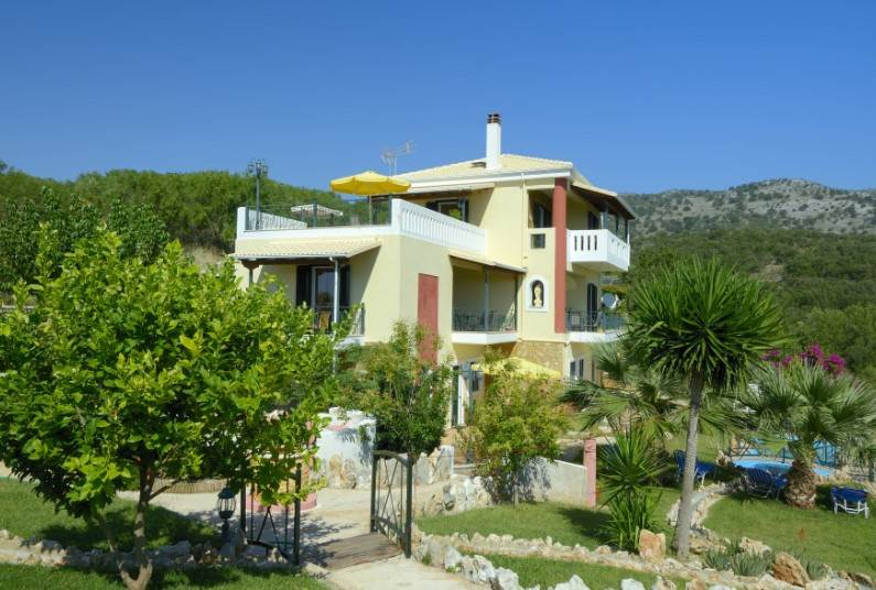 Save up to £100 on a 7 night holiday to Sivota