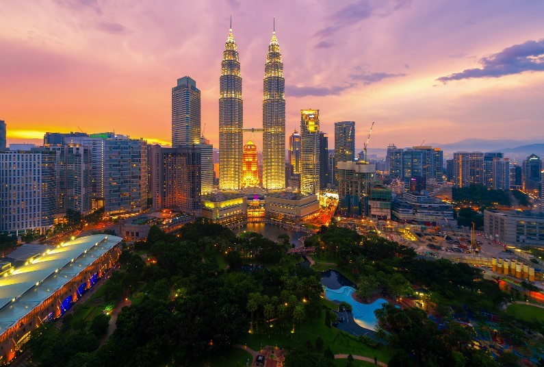 Kuala Lumpur & Sabah Multi Centre, Saving up to £323