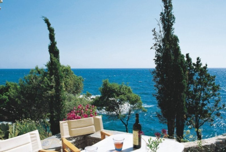 7 nights in Stoupa from £638pp