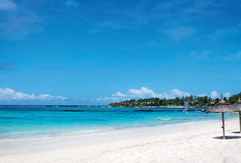 Luxury relaxing holiday to Mauritius