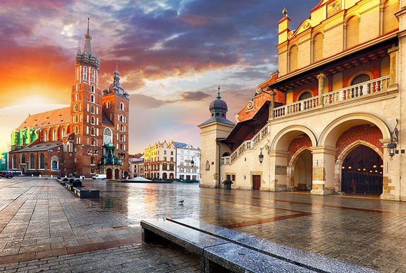 Experience old-world ambience and medieval streets in Krakow