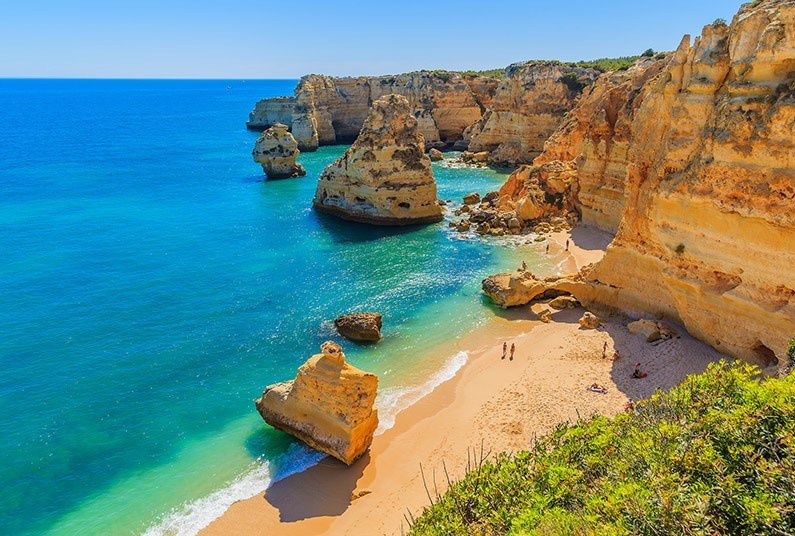 Self catering beach holiday in the Algarve