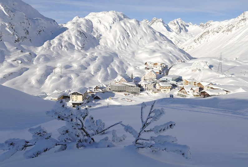 7 nights skiing in Austria