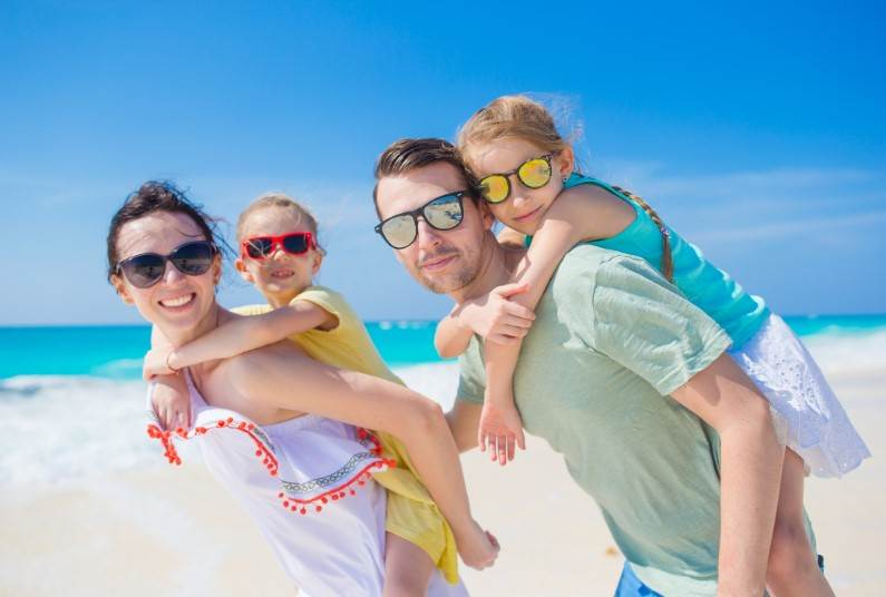 School Easter Holidays 2018, Save Up To £685 Per Person