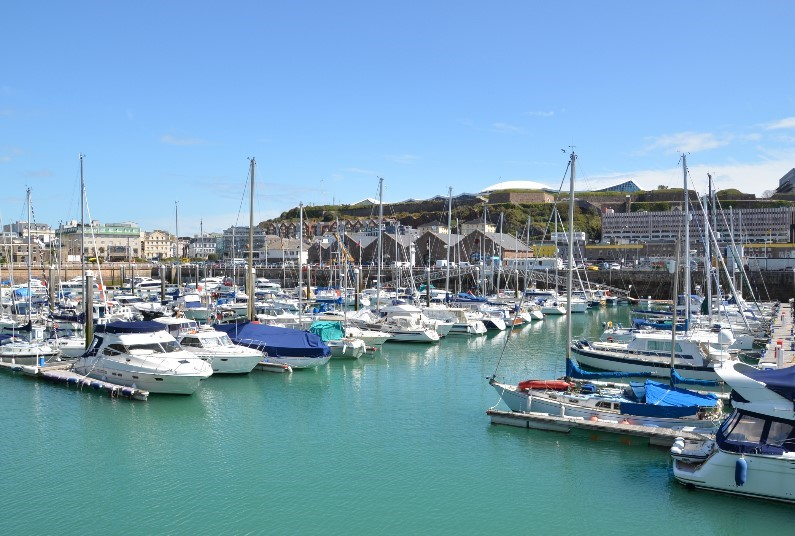 A Short Walk From The Shops, Beach & Centre Of St Helier