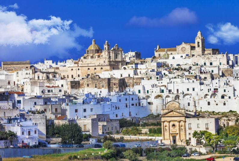Visit The Whole Of The Puglia Region, Five Centre Holiday