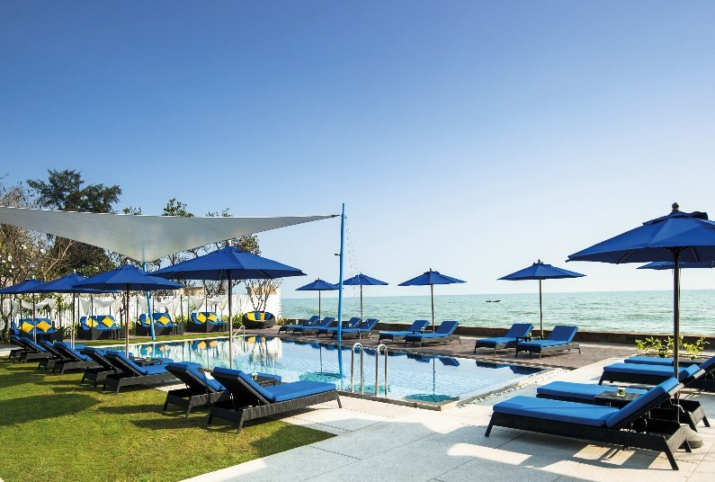 Thai Beach Escape