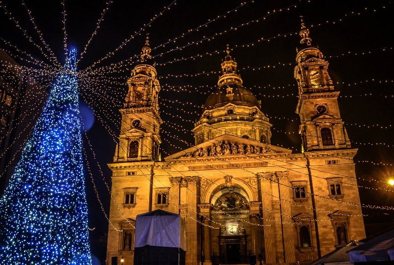 Christmas City Cracker!