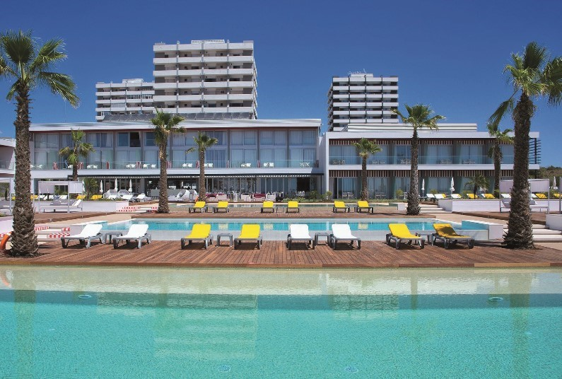 Low deposit to Algarve