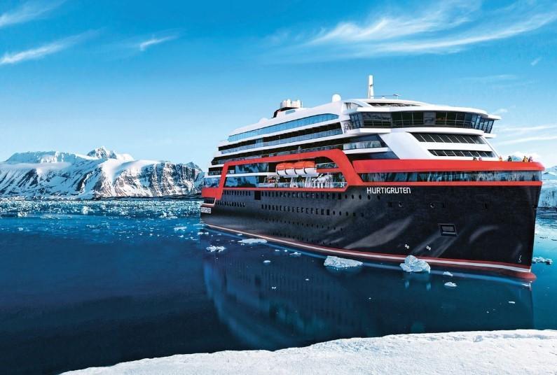 Chilean Fjords, Antarctica, Falklands - Great Explorers and Wildlife