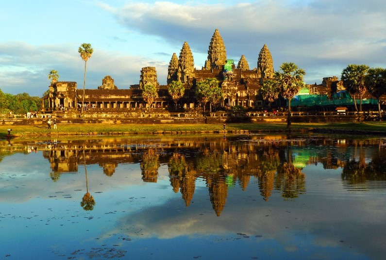 Escorted Tour to Vietnam & Cambodia!