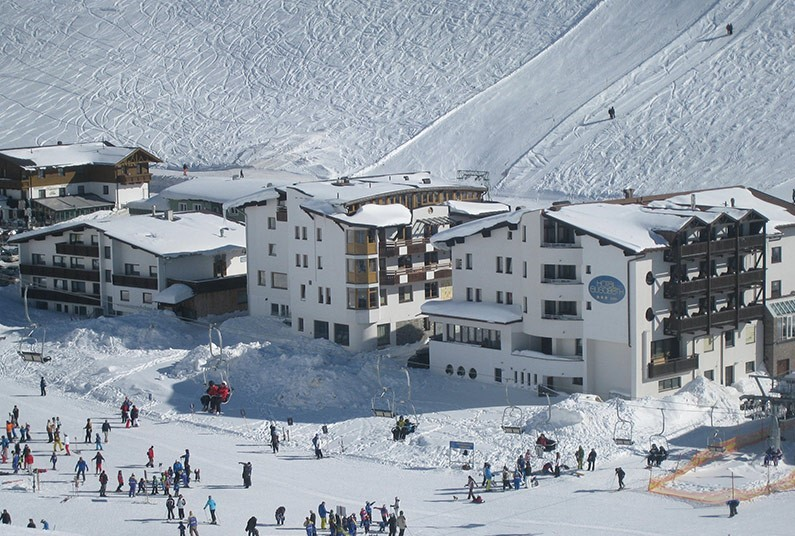 7 night ski holiday in Austria