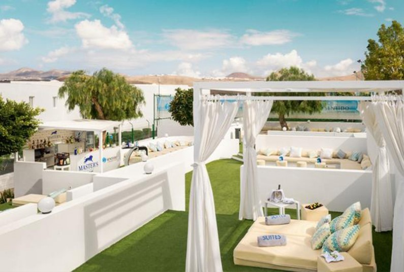 Late deal on couples break to Lanzarote