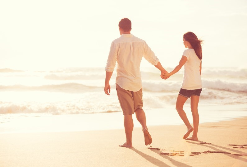 Late Deal Adults Only,  Save £361 Per Couple