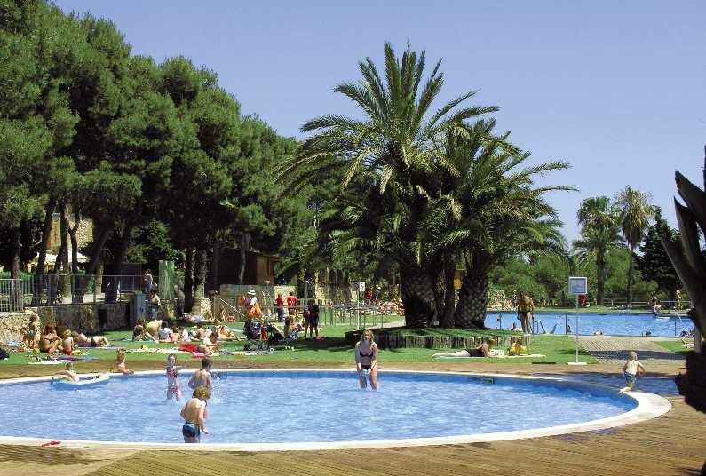 EASTER - 12 nights in Spain £615 per family!