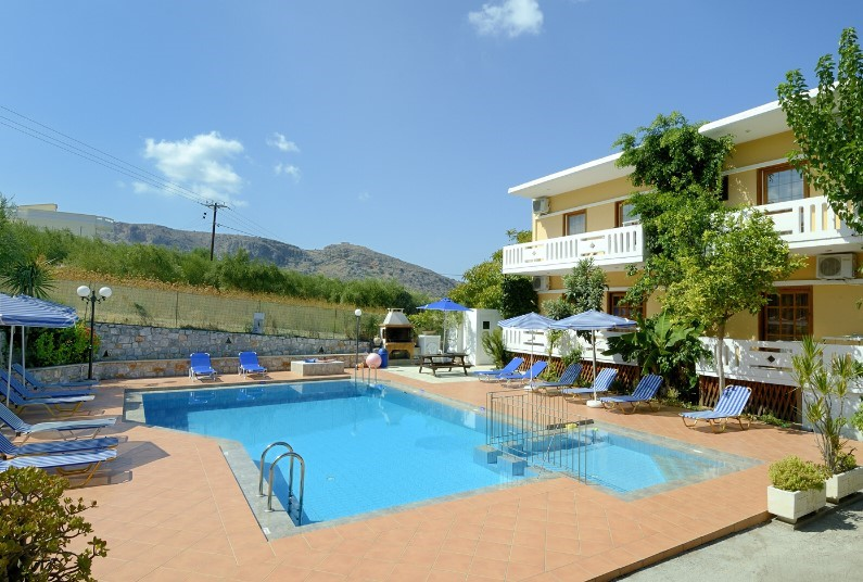 1 Week Crete Studio just £408pp