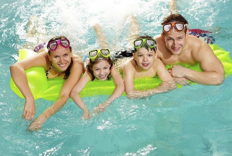 Family Offer, FREE Half Board & Kids Stay FREE