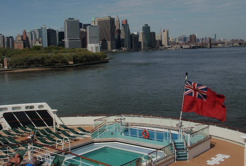 Classic New York Shopping & Cunard Transatlantic Voyage