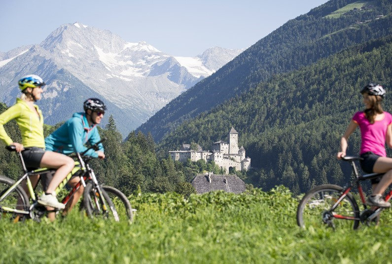 Dolomites, Prosecco and Veneto Cycling Italy