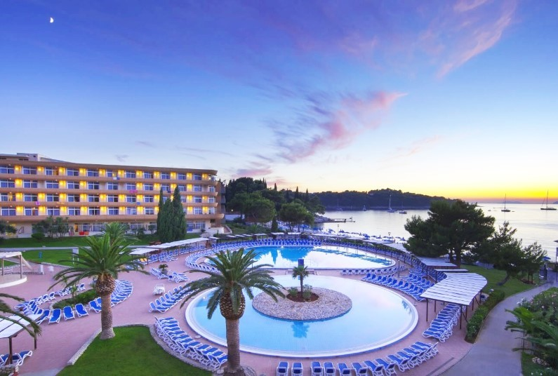 Remisens Hotel Albatros from £355pp