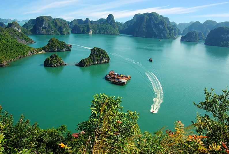 Journey Through Spectacular Vietnam