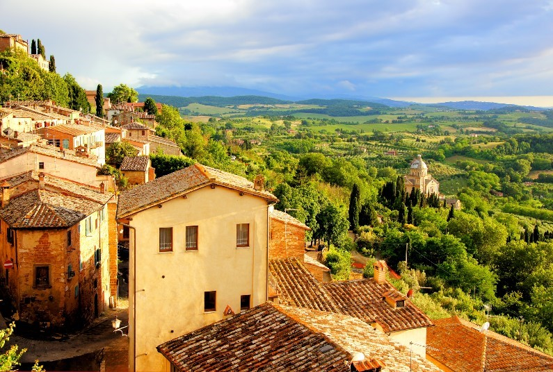 Explore The Tuscan Countryside With Your Included Car Hire