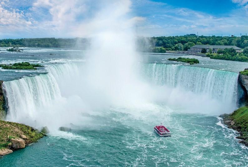 5 nights in Niagara Falls and Toronto