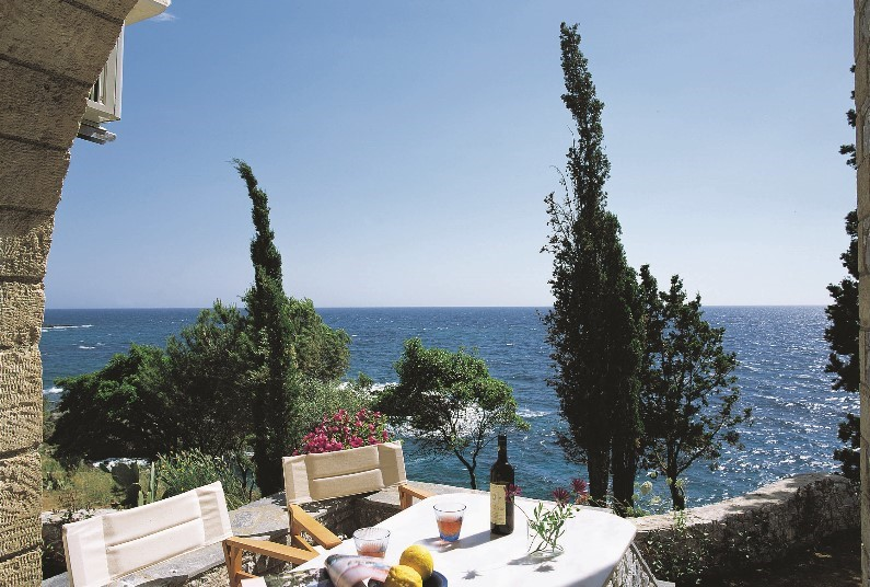 7 nights in the Peloponnese from £579pp