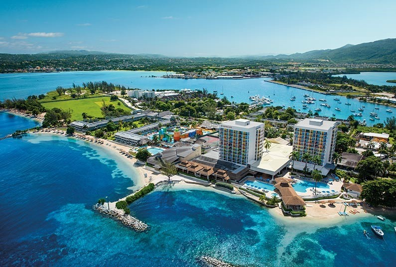 All-inclusive luxury in Jamaica