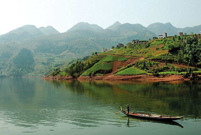 16 day tour including 4 nights sailing on the Yangtze River