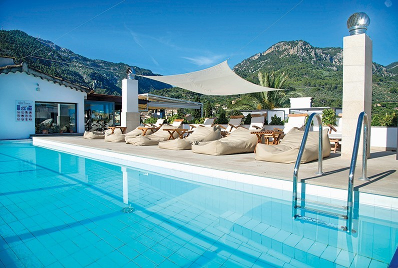 7-night sunshine holiday in the Balearics